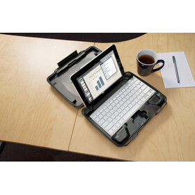 Peli ProGear 1075 Case with Padding for iPad